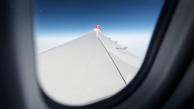 Gucken schon bald nicht mehr in die Röhre: Fluggäste der Swiss. Die Airline will die Rückzahlung annullierter Flüge beschleunigen.