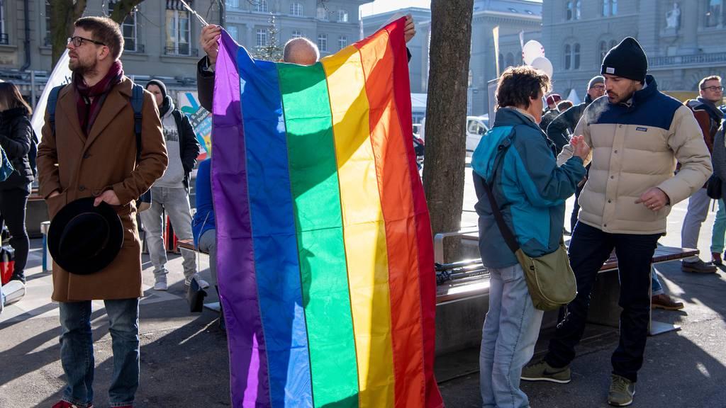 Bundesrat spricht sich für «Ehe für alle» aus