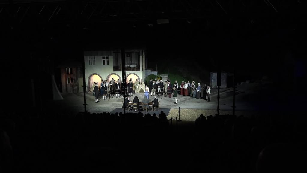 Geglückt: «Anna Göldi» feiert Premiere in Rüthi