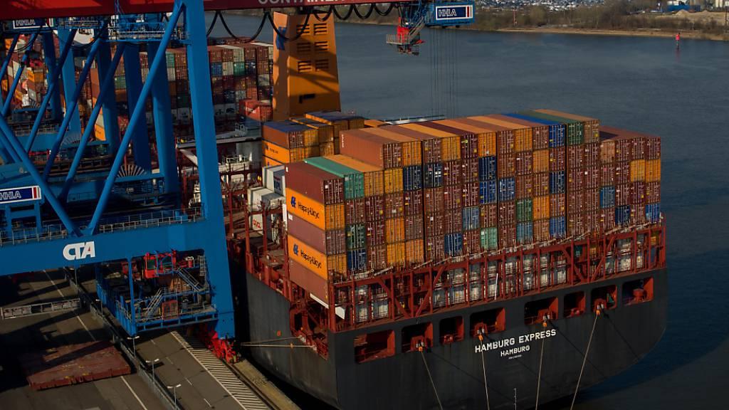 Deutsche Exporte sinken im August nach langem wieder