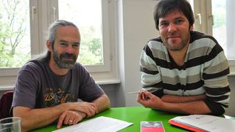 Engagiert: Die Jugendarbeiter Wimi Wittwer (links) und Sacha Studer. (Roman Schenkel)