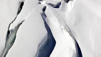 Die Frau fiel in eine Gletscherspalte (Symbolbild)