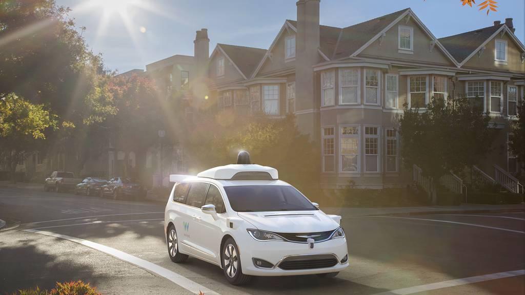 Vernetzt: Google-Firma Waymo bietet bald Roboter-Fahrdienst an