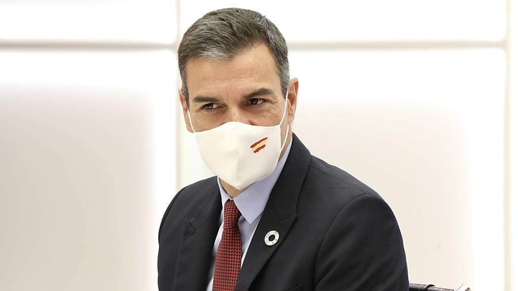 HANDOUT - Pedro Sanchez, Ministerpräsident von Spanien, nimmt an einer Sitzung des Parteivorstandes der Sozialistischen Arbeiterpartei (PSOE) in Madrid teil. Foto: PSOE/EUROPA PRESS/dpa