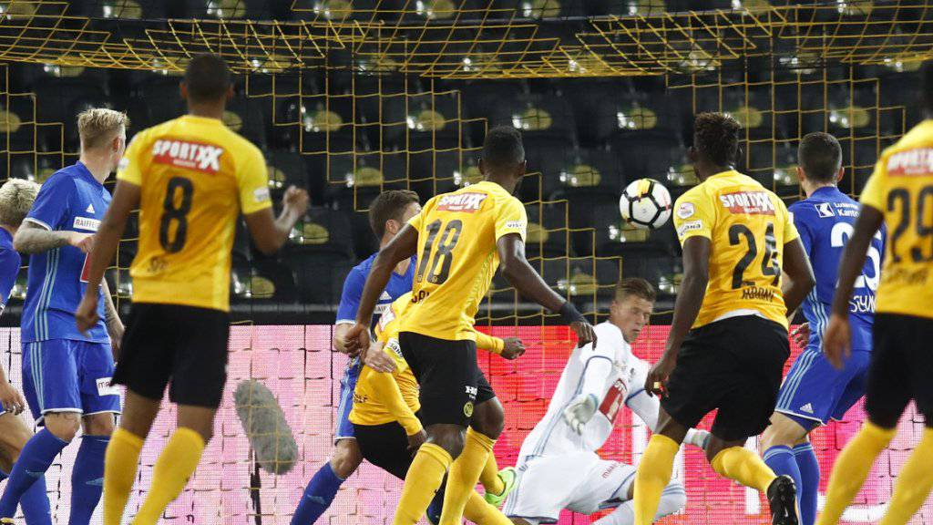 In diesem Gewühl brachte Roger Assalé die Young Boys 1:0 in Führung.