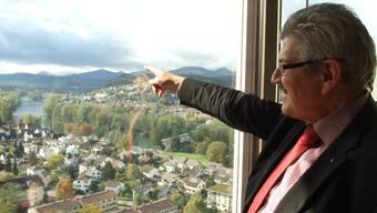 «Mein Büro im 21. Stock des Telli-Hochhauses empfinde ich als Ort mit dem schönsten Ausblick.»