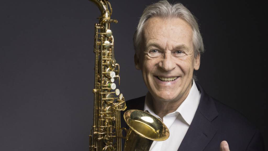 Der Musiker und Bandleader Pepe Lienhard blickt auf eine 50-jährige Karriere zurück; das vergangene Coronajahr hat er damit verbracht, sein Archiv zu digitalisieren. Heute feiert er seinen 75. Geburtstag. (Archivbild)