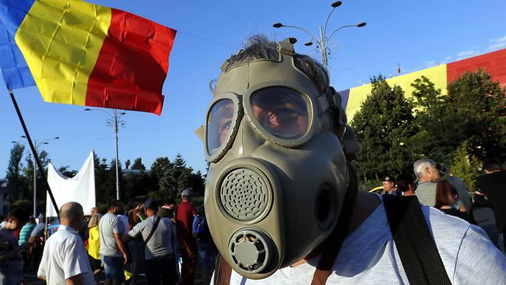 Die Rumänen haben genug von ihrer korrupten Regierung und gehen in Bukarest (Bild) und anderen Städten auf die Strasse.