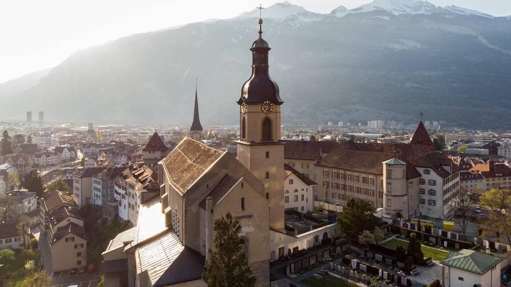 Bistum Chur soll überraschend einen neuen Bischof erhalten