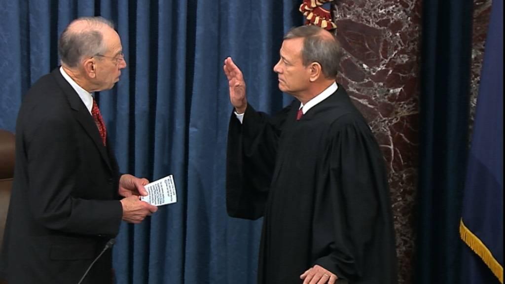 Amtsenthebungsverfahren gegen Trump: Oberster Richter vereidigt