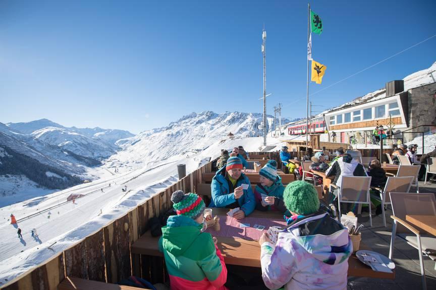 Gemütliche Stimmung in der Alp-Hittä Nätschen.