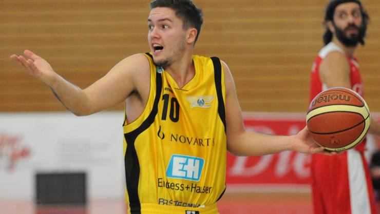 Stefan Petkovic bleibt den Starwings treu.