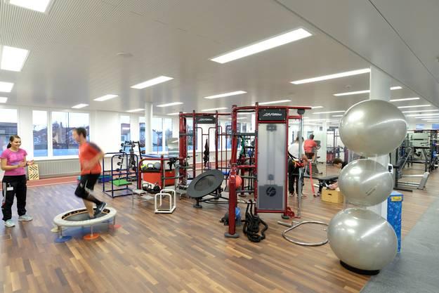 Die Räume für die Physiotherapie sind grosszügig und hell.