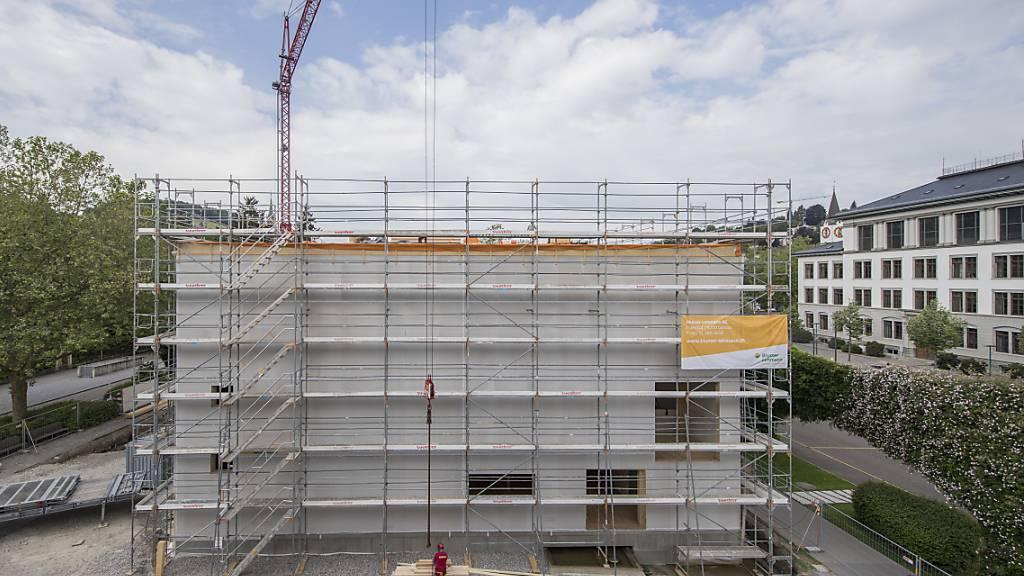 Das Geschäft mit Immobilien wird zunehmends schwieriger: eine Baustelle in St. Gallen (Symbolbild).
