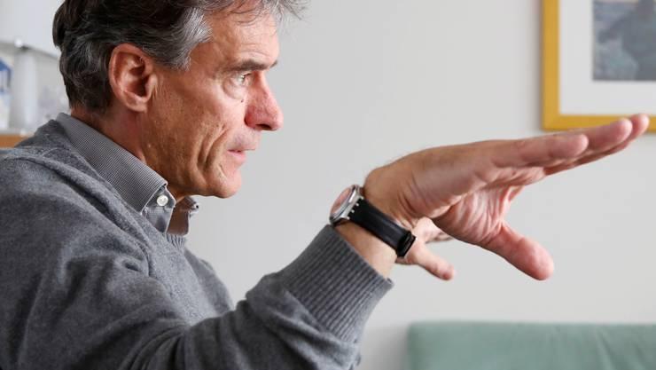 Beat Nick, stv. Chef der Erwachsenenpsychiatrie, referiert am 29.Oktober um 19.30 Uhr in der Solothurner Jugendherberge über ambulante Zwangsbehandlungen und leitet ein Podiumsgespräch.