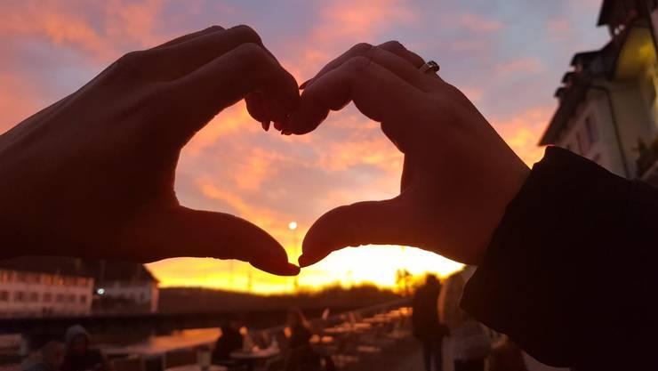Wir lieben eure Sonnenuntergangs-Bilder – herzlichen Dank für alle Einsendungen.