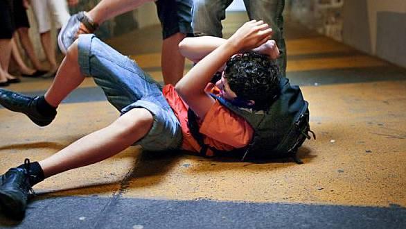 Gewalt unter Jugendlichen (Themenbild)