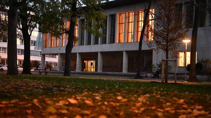 Die Universität Basel will sich nicht zum Fall äussern. Die Betroffene soll sich an die zuständige Fachstelle wenden.