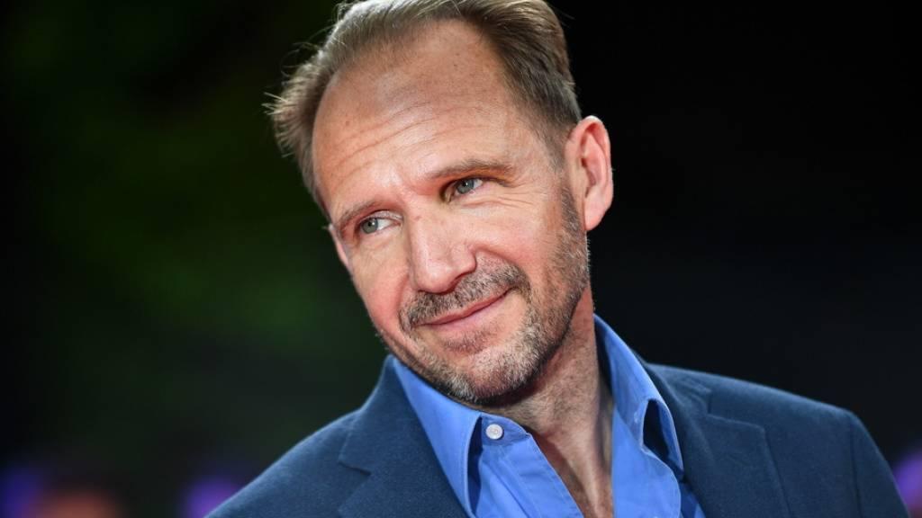 Warum Ralph Fiennes für den Film «Nurejew» eine Lehrerin hatte