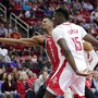 Duell der Center: Clint Capela (15) kämpft mit Portlands Hassan Whiteside um den Ball