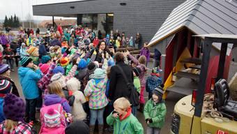Friedensbrüche wird neben der Schule Lüterkofen-Ichertswil installiert