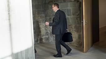 Der Waadtländer SVP-Politiker Yves Ravenel tritt von der politischen Bühne ab. Er stolpert über eine Verurteilung wegen häuslicher Gewalt. (Archivbild)