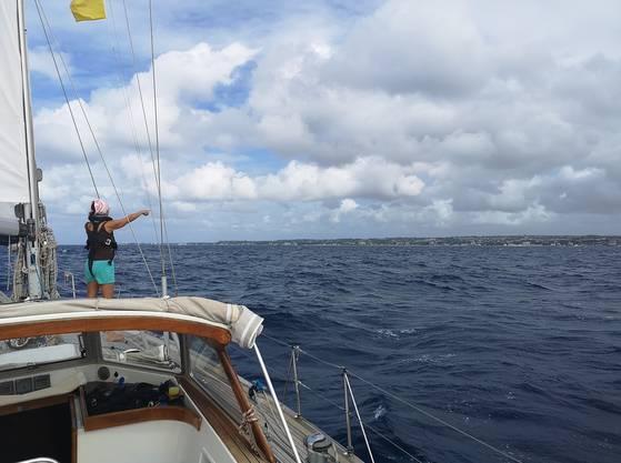 Land in Sicht: Barbados taucht am Horizont auf.