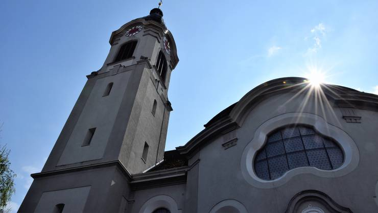 Die katholische Kirche St.Nikolaus in Brugg.