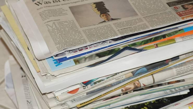 Statt Papier landet auch Hausmüll in der Mulde. (Archiv)