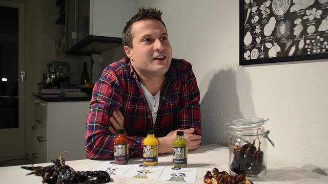 «Es braucht Zeit und sehr viel Liebe»: Marco Züger aus Oberwil-Lieli führt in sein Handwerk ein