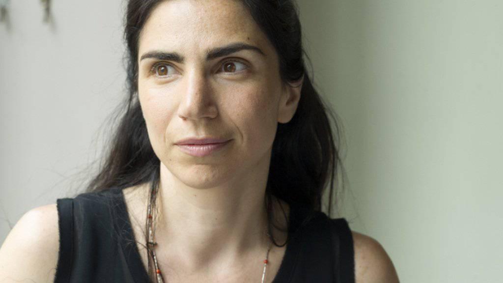 Die rumänisch-schweizerische Schriftstellerin Dana Grigorcea berichtet an der 5. Literaturveranstaltung «4+1 translatar» in Chur über das Übersetzen ihrer Bücher. (Archiv)