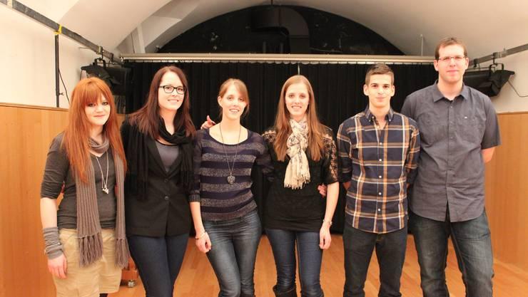 Die Preisträger: Deborah Hochuli, Samira Kaiser, Janine Christen, Nadine Christen, Reto Vogel und Fabian Müller