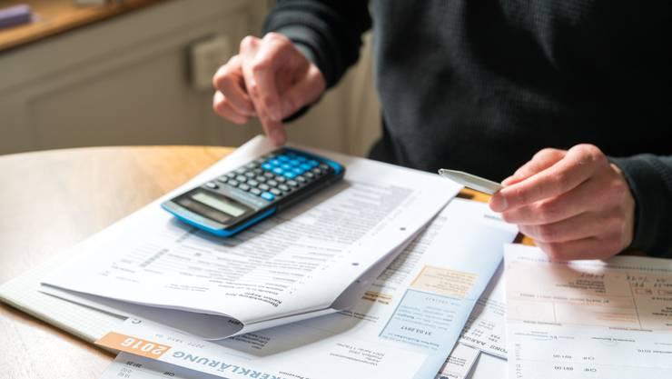 Bei den Steuern erwartet der Gemeinderat markant weniger Einnahmen. (Symbolbild)