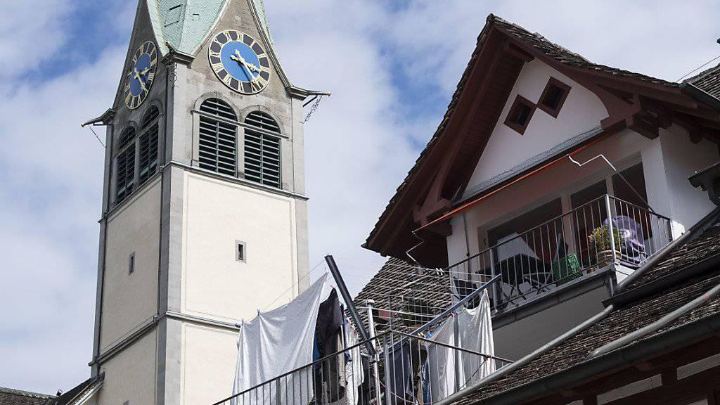 Die Glocken dürfen nachts alle 15 Minuten schlagen: Das Bundesgericht hat einen Schlussstrich gezogen unter den Streit um die Kirchenglocken in Wädenswil ZH. (Archivbild)