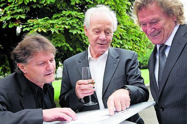2008 trifft er an der Verabschiedung von Nationaltrainer Köbi Kuhn auch auf FCZ-Präsident Ancillo Canepa.