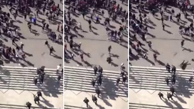 """Nach dem Heimspiel des FC Basel gegen den FC Zürich vom 10. April kam es vor dem Stadion zu Ausschreitungen. Auf der Bildfolge ist zu sehen, wie ein """"Fan"""" einen Polizisten von hinten zu Boden tritt. Ob es sich um Polizisten aus dem Baselbiet oder aus Basel-Stadt handelt, ist nicht klar."""