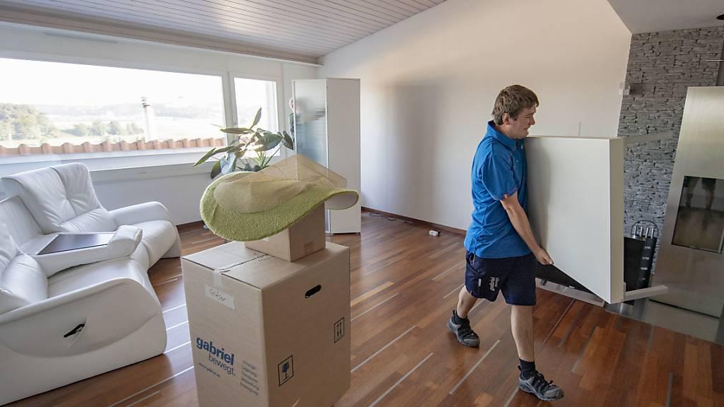 Seit der Coronakrise steigt die Nachfrage nach grösseren Wohnungen spürbar. (Archiv)