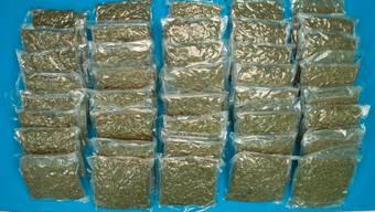 17 Kilogramm Marihuana stellte die Kantonspolizei sicher (Symbolbild).