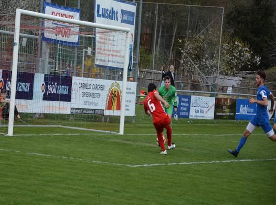 Beim 2:0 musste der Portugiese allerdings nicht viel mehr tun, als den Ball ins leere Aarauer Tor zu versenken.