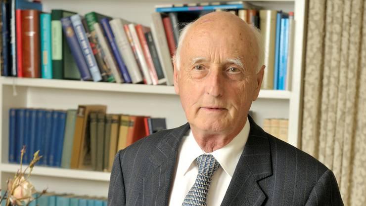 Alt Regierungsrat Alfred Gilgen in seinem Haus in Zürich am 8. Juni 2010. (Archiv)