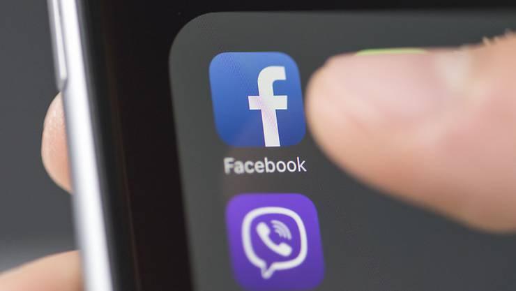 Das EU-Parlament hat sich am Dienstag in Strassburg für das neue Urheberrecht ausgesprochen - inklusive der umstrittenen Uploadfilter für Facebook, Google und co. (Symbolbild)