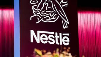 Nestlé ist in den ersten neun Monaten 2019 im Rahmen der Erwartungen gewachsen: Der Umsatz legte um 2,9 Prozent auf 68,4 Milliarden Franken zu. (Archiv)
