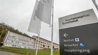 """""""Ein Abbruch steht nicht im Vordergrund"""": Der Laufner Stadtpräsident Alex Imhof möchte das Spital auch nach dessen Schliessung öffentlich nutzen."""