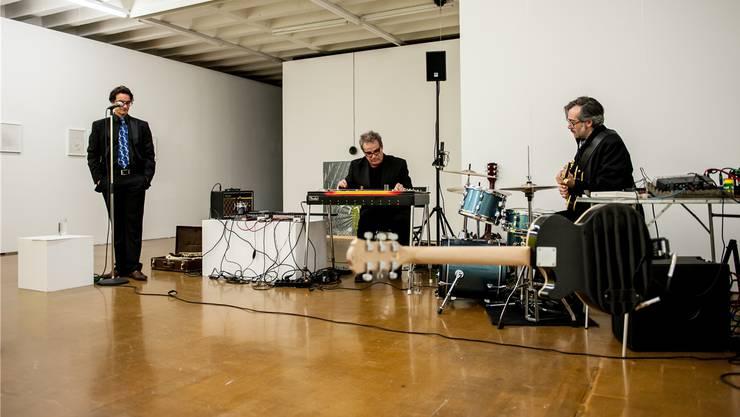 Kurt Grünenfelder (links), Luigi Archetti (Mitte) und Mario Marchisella entführen in sonderbare Klangwelten.
