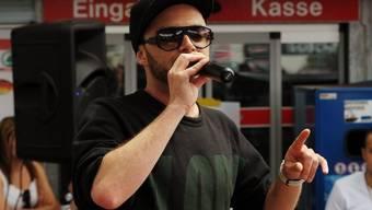 Rapper Greis besitzt gegen 1000 Sonnenbrillen-Raritäten. Klar, dass er die eine oder andere auch mal auf der Bühne trägt. (Archivbild)
