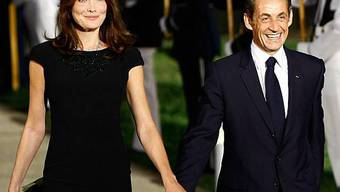 Carla Bruni mit ihrem präsidialen Gatten Nicolas Sarkozy