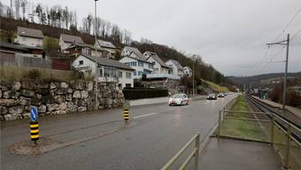 Noch hat die stark befahrene Kantonsstrasse zwischen dem Fürhalden-Quartier und der Station der Waldenburgerbahn keinen Zebrastreifen. Nars