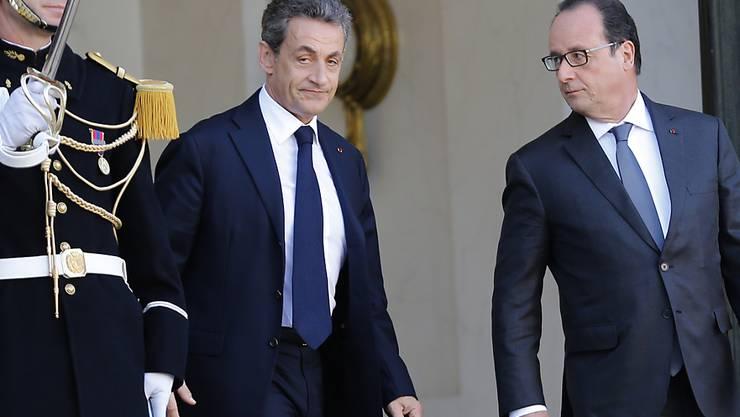Leider nein: Laut einer Umfrage soll weder Ex-Präsident Nicolas Sarkozy (links) noch der amtierende François Hollande wieder kandidieren. (Archiv)