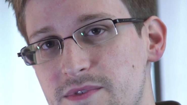 Ikone oder Buhmann - je nach Standpunkt: der frühere NSA-Geheimdienstmitarbeiter Edward Snowden (Aufnahma vom Juni 2013).