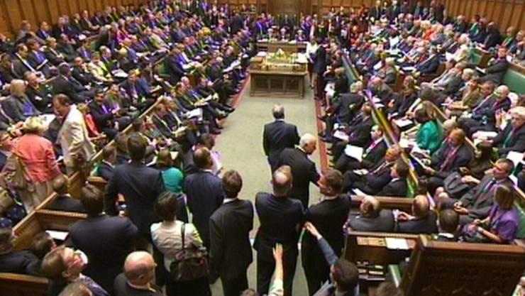 Das britische Unterhaus nahm das Gesetz zum EU-Referndum an (Archiv)
